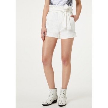 White shorts with a belt