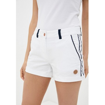 White shorts with stripes